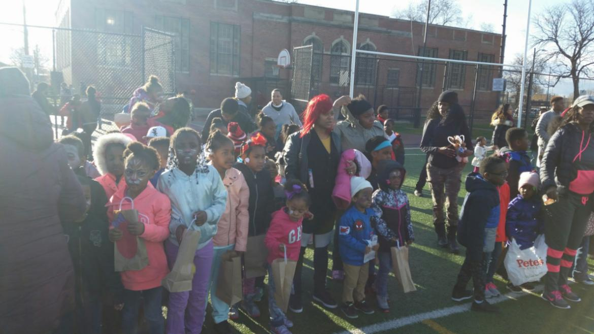 Lining up to look for eggs at Altgeld!