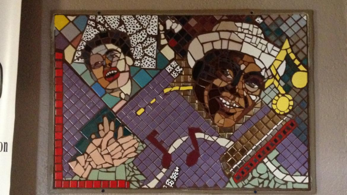 Panels pay tribute to acclaimed musicians such as Willy Dixon and Lena Horne.
