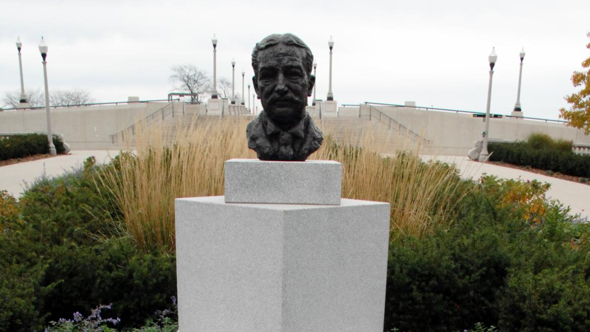 The bust includes a plaque that explains Ward's commitment to protecting the views of Lake Michigan