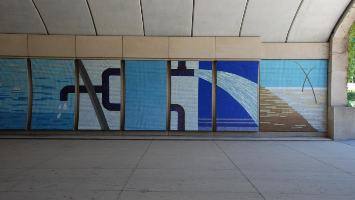 The glass tile mosaic explores themes related to water as an important Chicago resource, 2012.