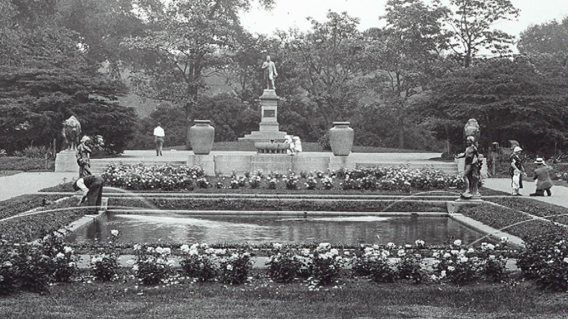 The Fritz Reuter Monument is directly across from the formal garden.