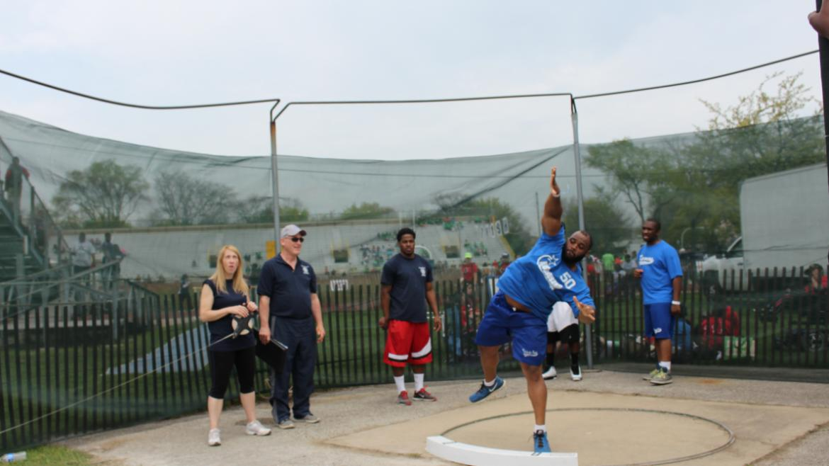 Power discus throw.