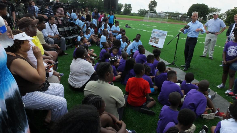 Mayor Emanuel speaking to community