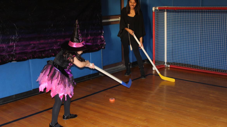 Floor hockey at River Park!