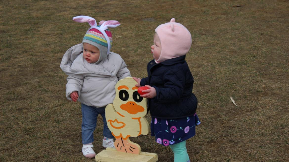 Kids love hunting for eggs at Hamlin Park!