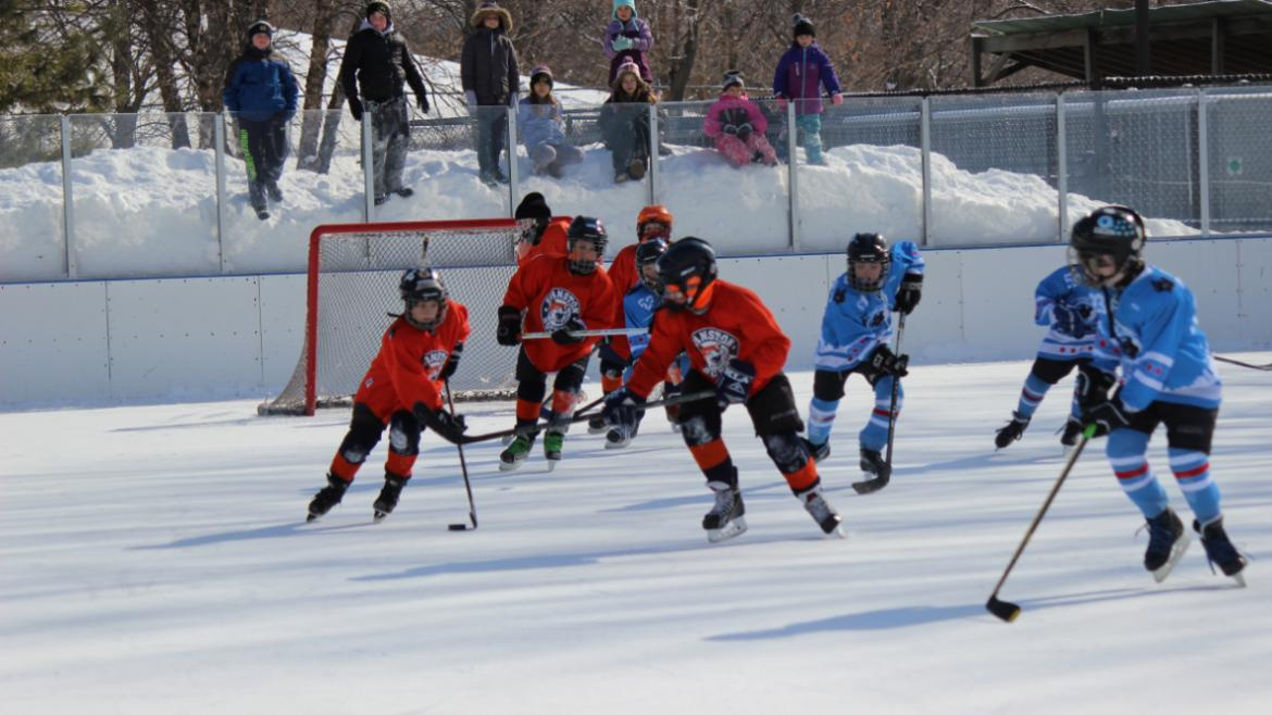 hockey_classic_chase_is_on_middle_kids