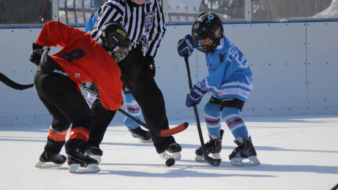 hockey_classic_faceoff_middle