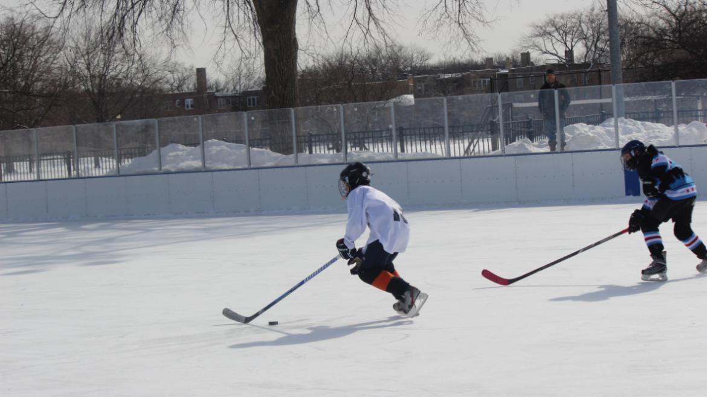 hockey_classic_hard_play_older
