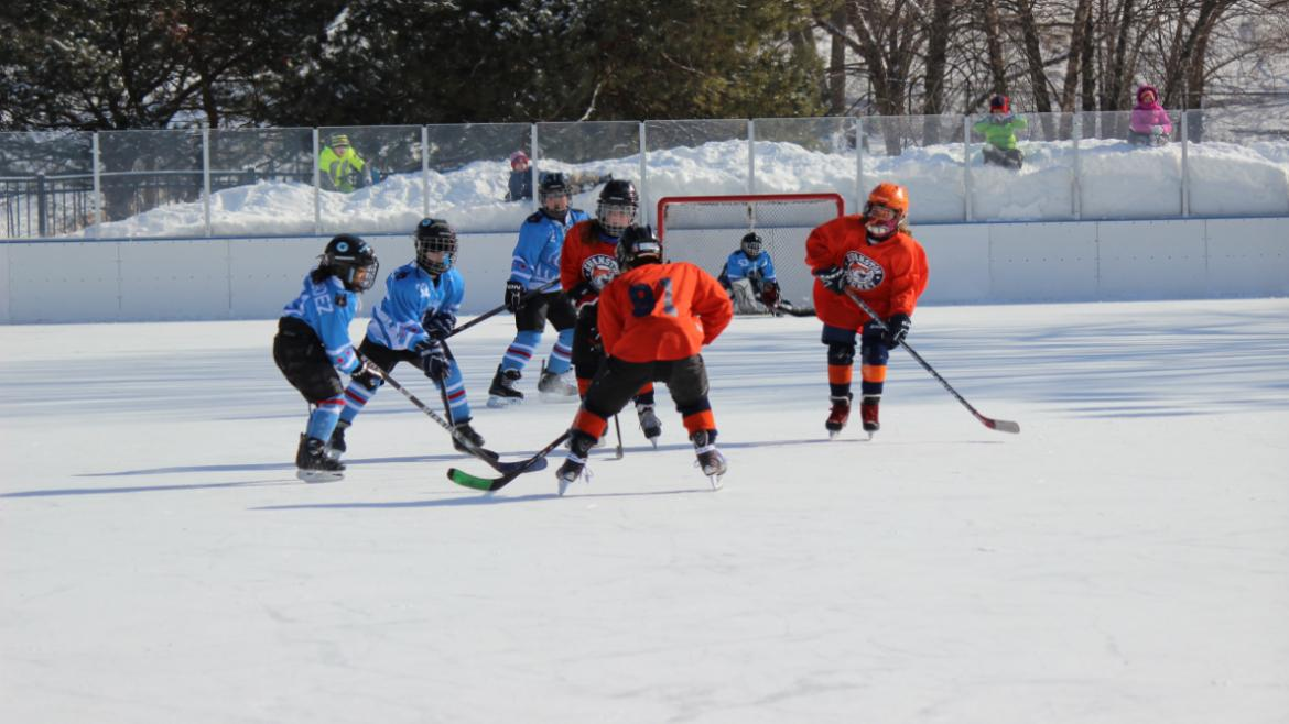 hockey_classic_kids_middle