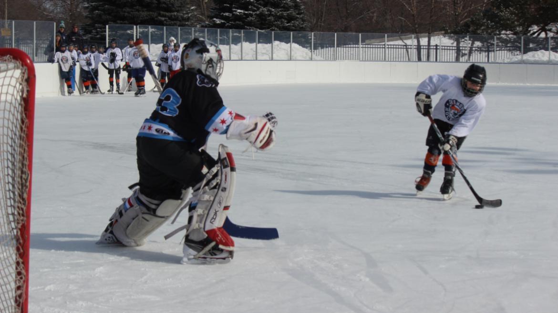 hockey_classic_older__penalty_shot