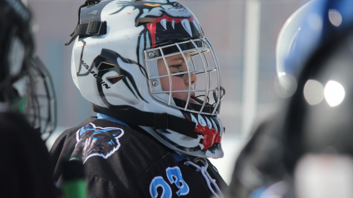 hockey_classic_older_goalie_in_thought