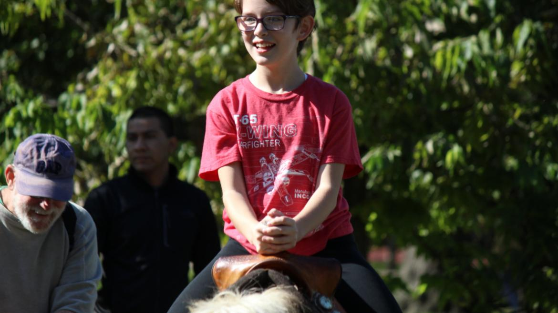 riding the ponys!