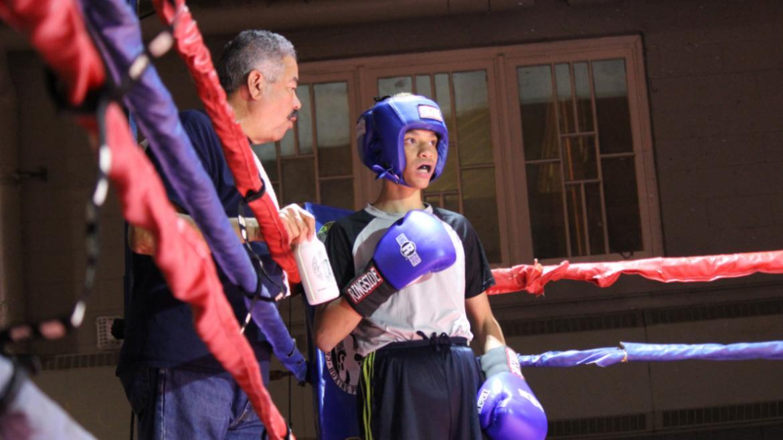 use_coach_with_boxer_at_Hamlin_park_showcase_2016
