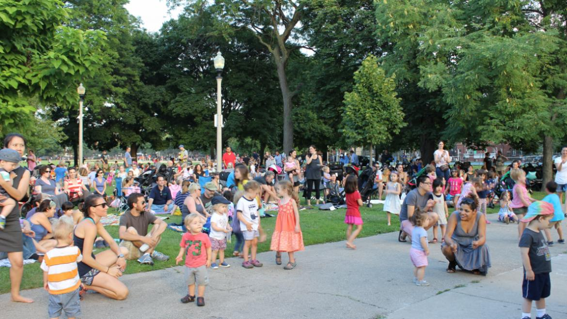 We are lovin' the concert series at Welles Park this summer.(3)
