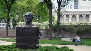 The Sir Georg Solti Bust is located near the Spirit of Music monument in Grant Park and Chicago's Sy