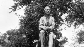 The committee devoted to erecting a monument to Hans Christian Anderson selected Danish immigrant.