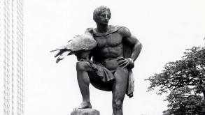 This idealized sculpture memorializes Johann Wolfgang von Goethe, a revered German writer.