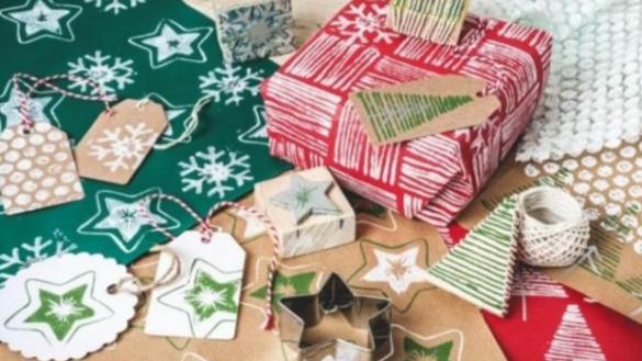 Make your own holiday wrapping paper workshop