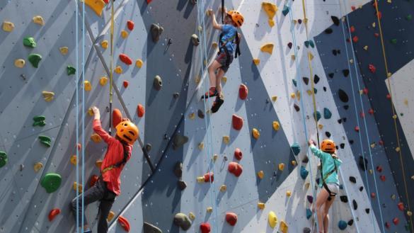 Climbing wall at Maggie Daley Park