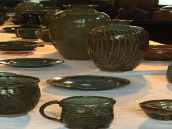 Berger Park Pottery Show