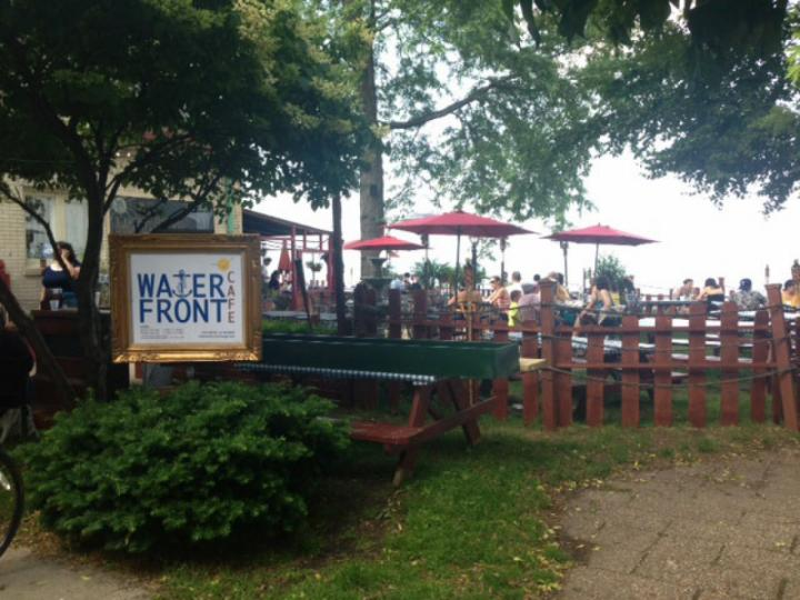Waterfront Cafe at Berger Park along the lakefront
