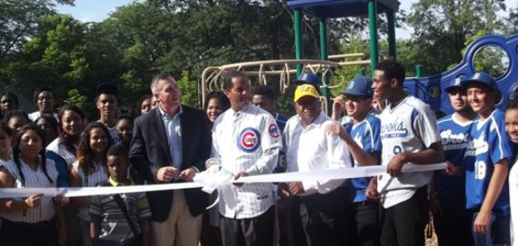 A festive Chicago Plays! playground ribbon cutting ceremony