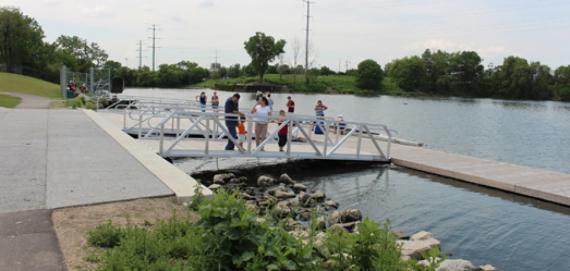 Canoe & kayak launch spot for the Chicago River!