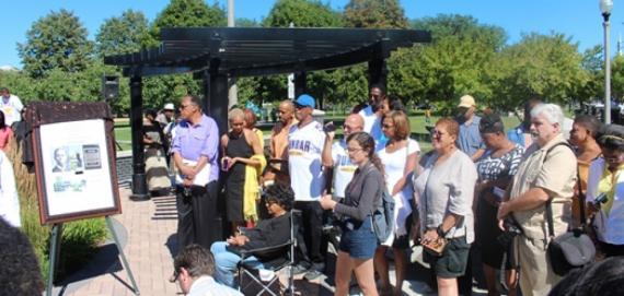 Community at Dunbar Park Statue Unveiling