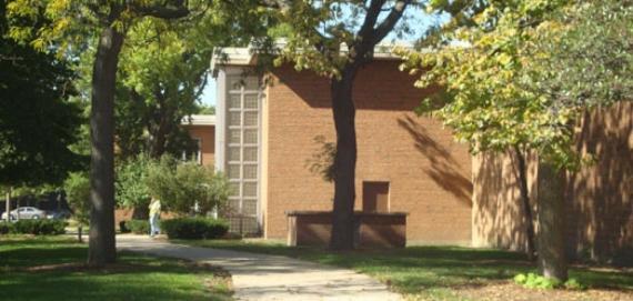 Loyola Park Fieldhouse