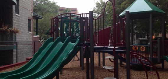 Kenmore Park Chicago Plays! playground