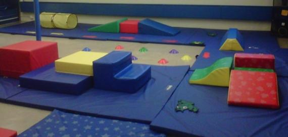 Colorful tumbling room for kids at Gladstone Park.