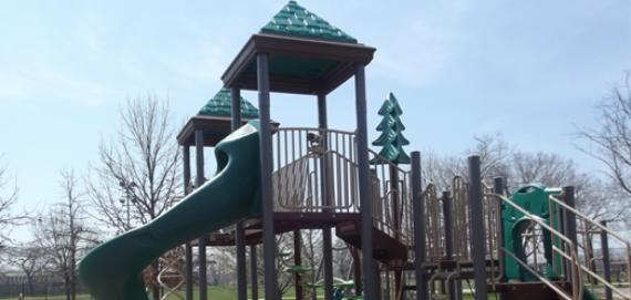 The new Chicago Plays! playground