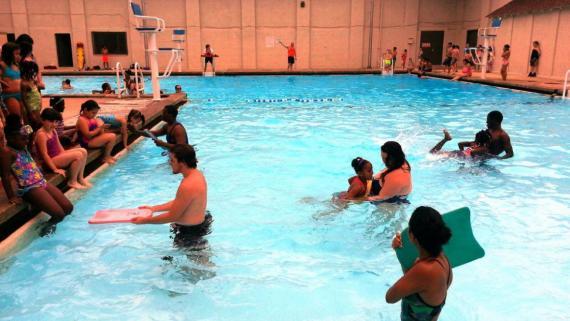 Armour Square Park Pool