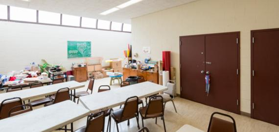 Arts and crafts room at Smith