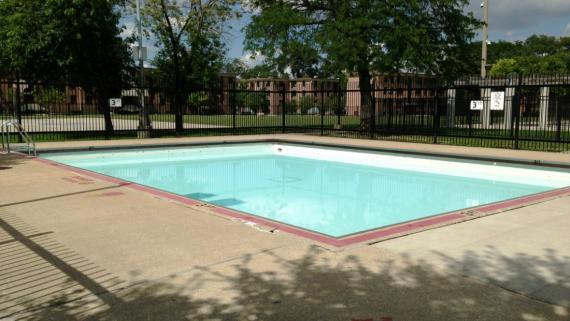 Wentworth Gardens Park Pool