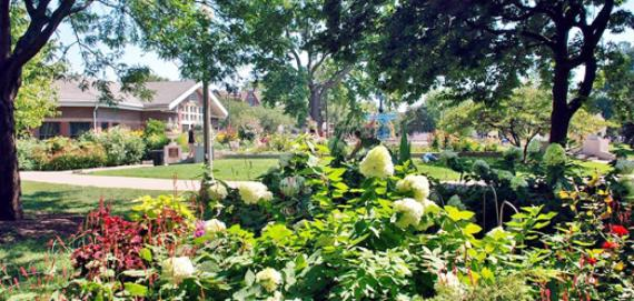 Over 10,000 sq. feet of beautiful gardens at Wicker Park!