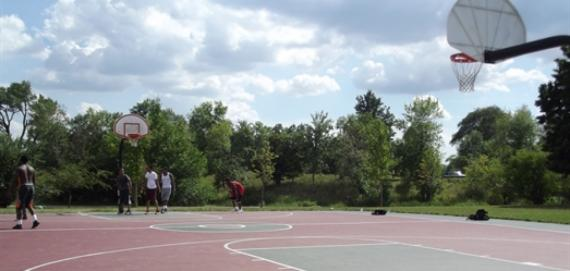 Marquette Park basketball courts