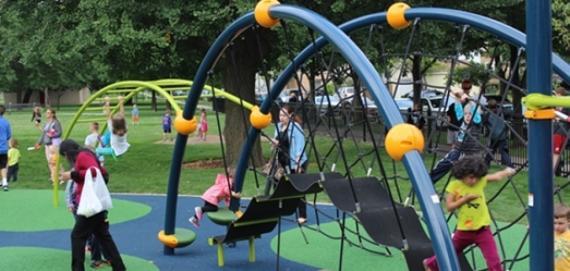 new Chicago Plays! playground at Hiawatha Park