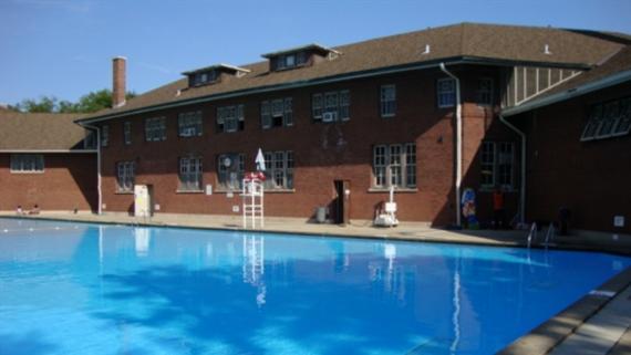 Hamlin Park Pool