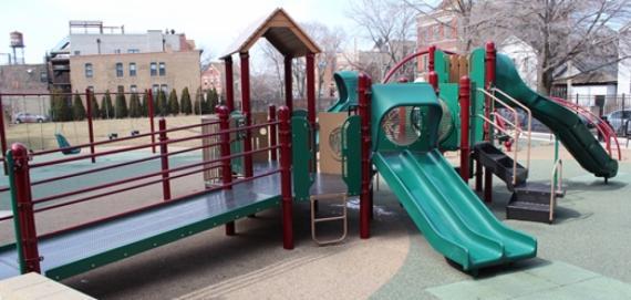 Dean (John) Park | Chicago Park District