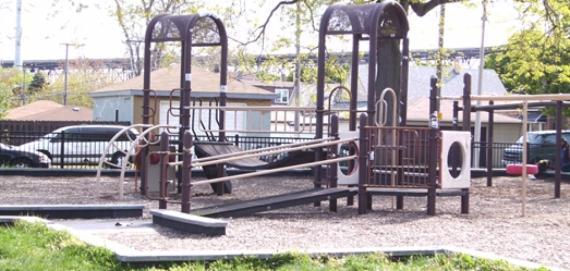 Pietrowski Park Playground