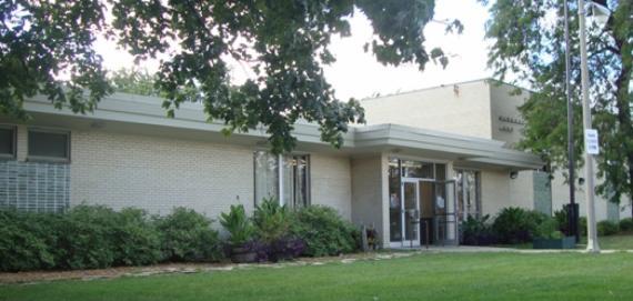 Olympia Park fieldhouse